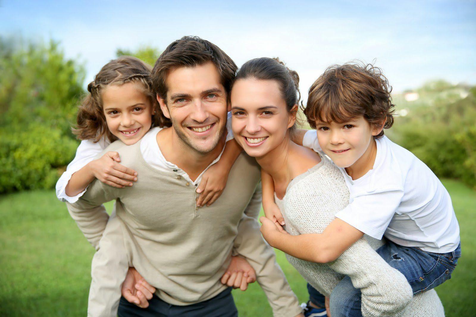 أشهر الأخطاء التي يرتكبها الآباء عند تربية أطفالهِم